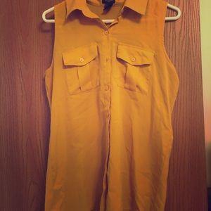 Button down sleeveless top